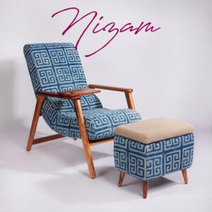 maze-patterned-dhurrie-lounge-chair-with-detachable-surface-and-knob
