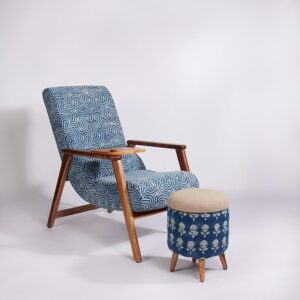 spiral-patterned-dhurrie-lounge-chair-with-etachable-iurface and-knob-c