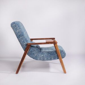 spiral-patterned-dhurrie-lounge-chair-with-etachable-iurface and-knob-d
